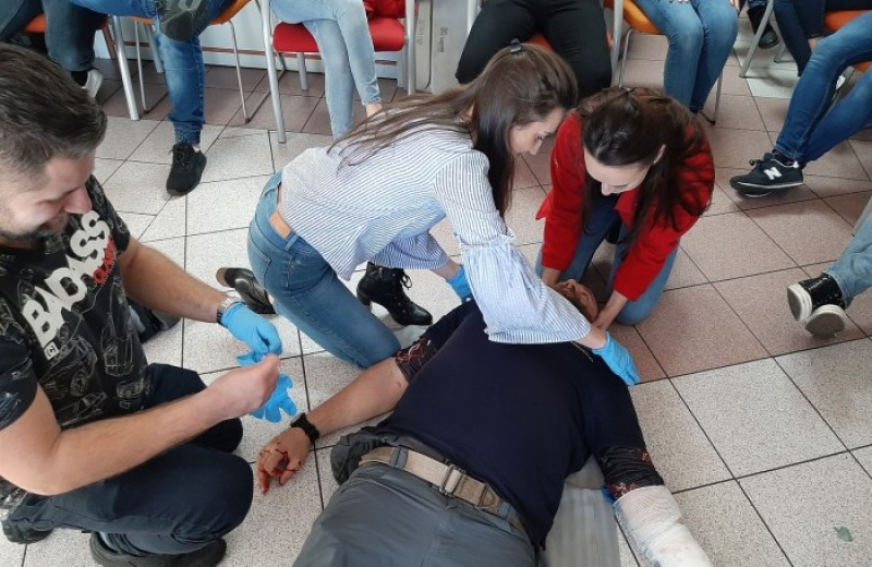 OSI Poland Foodworks - First aid course